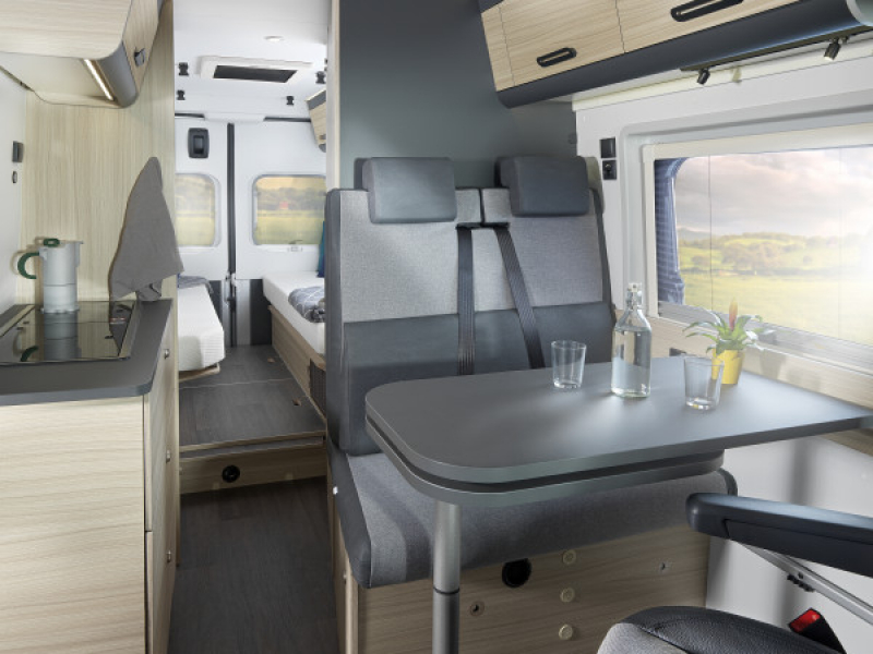 821-v-v-65sl-hero-day-brown-big-thumb